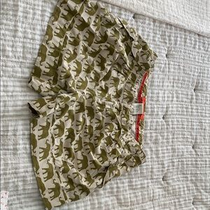 Anthropologie olive elephant shorts